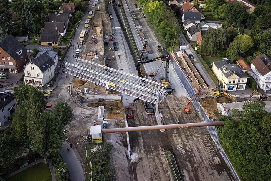 A7 Behelfsbrücke eingesetzt