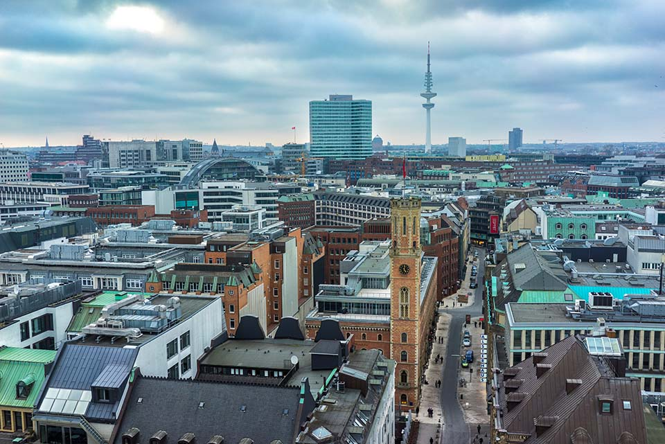 Blick in die Poststraße in Hamburg